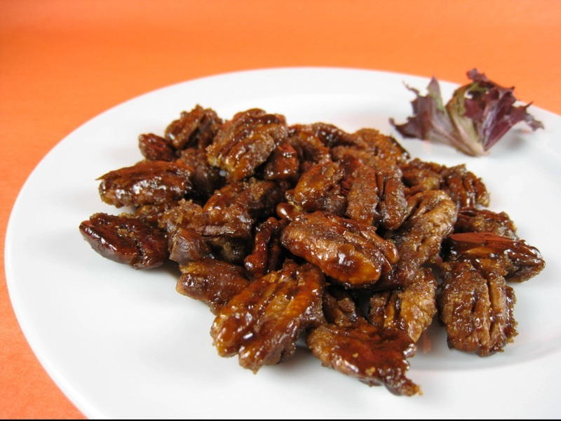 Vegan Balsamic Candied Pecans
