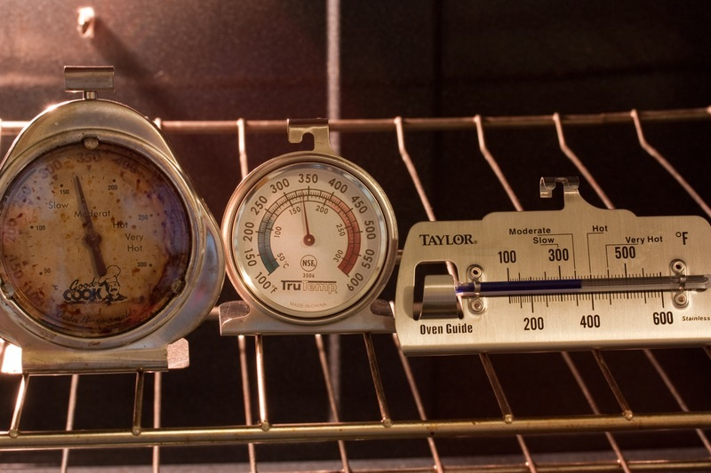 Assorted oven thermometers
