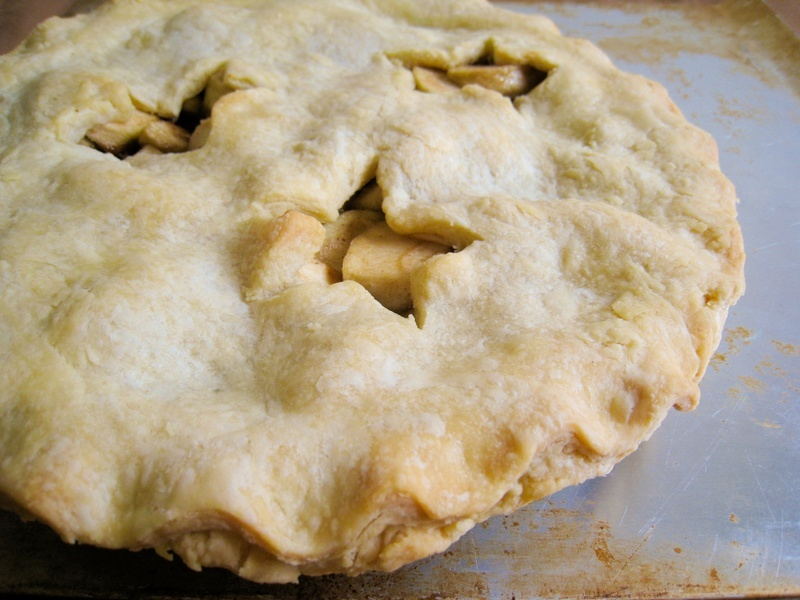 Vegan American Apple Pie - Veganbaking.net - Recipes, desserts and ...