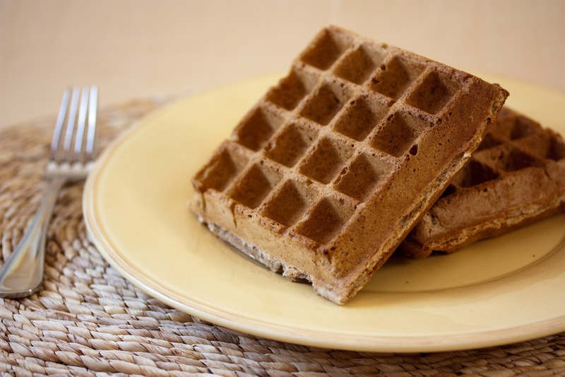 Vegan Multigrain Waffles - Veganbaking.net - Recipes, desserts and ...