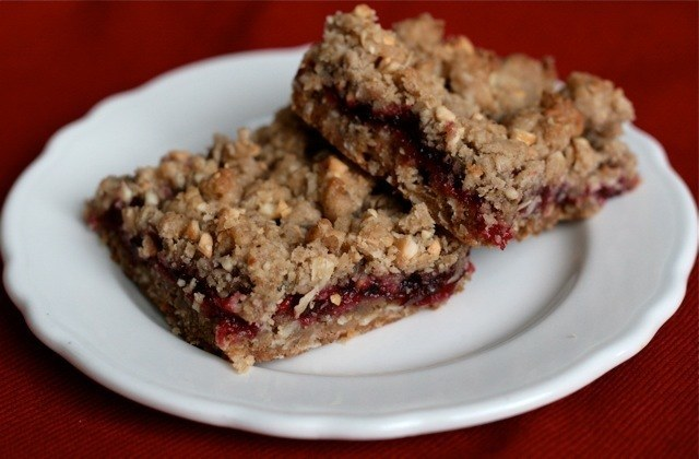 Vegan Double Cranberry Cinnamon Oatmeal Nut Bars