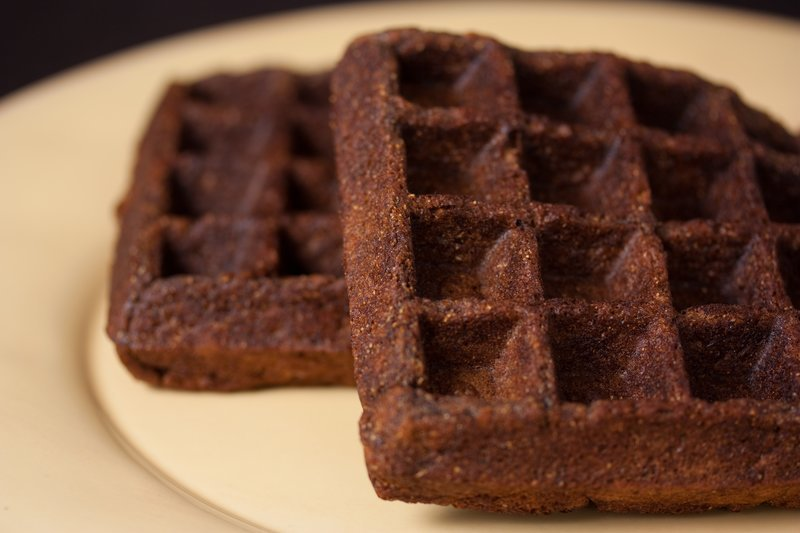 Vegan Gingerbread Waffles